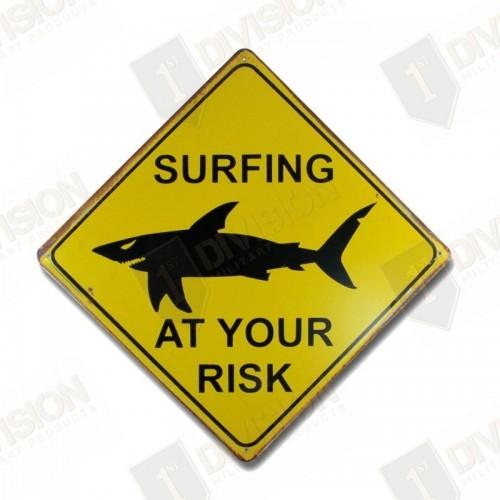 "Plaque vintage ""Shark Surfing..."""